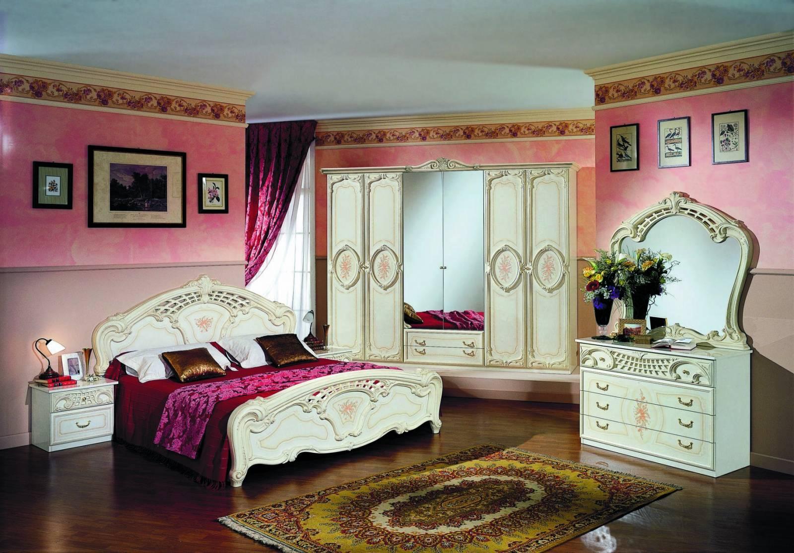 Спальня роза фото в интерьере