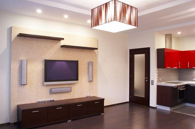 Какой потолок лучше: глянцевый или матовый?