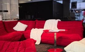 Бесформенный уют: как декорировать пространство с помощью бескаркасной мебели