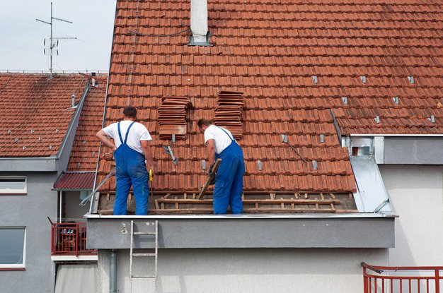 Как самостоятельно перекрыть крышу?