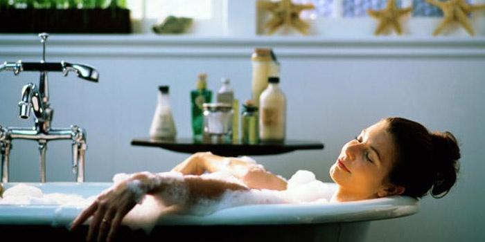 Беременность и водные процедуры в домашних условиях