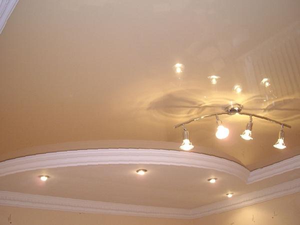 Двухуровневые натяжные потолки приобретают небывалую популярность