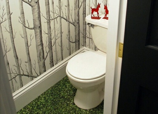 Как покрасить стены в крошечном туалете: 10 идей