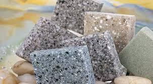 Искусственный камень в отделке внутренних поверхностей: стоит ли покупать?