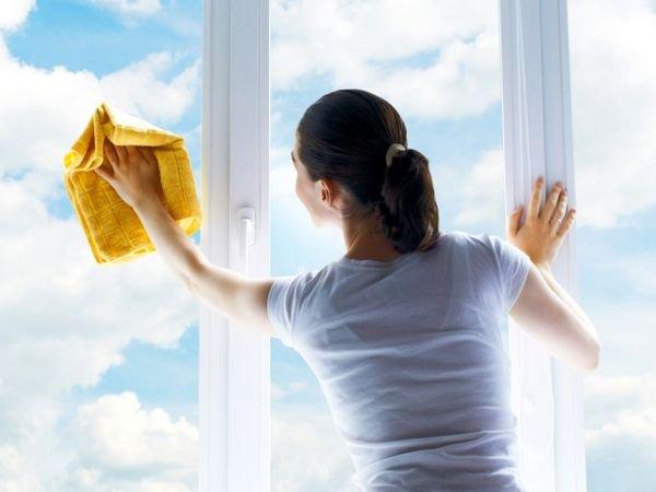 Как правильно ухаживать за пластиковыми окнами: 7 советов