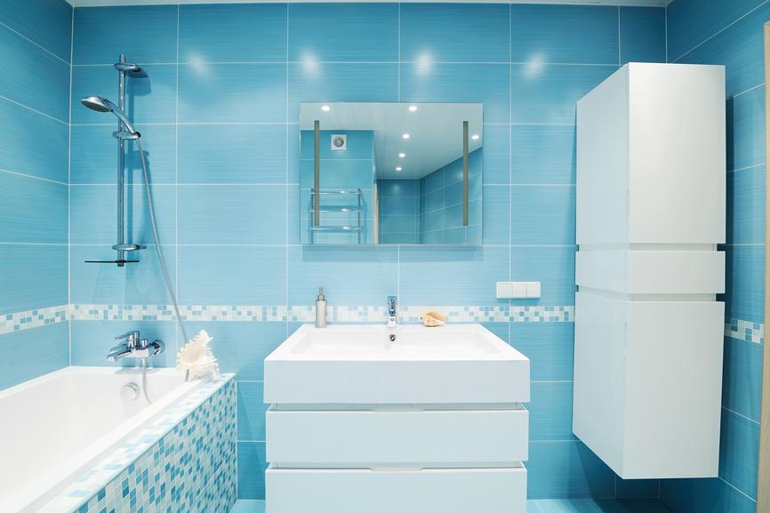 Как сделать недорогой ремонт в ванной?