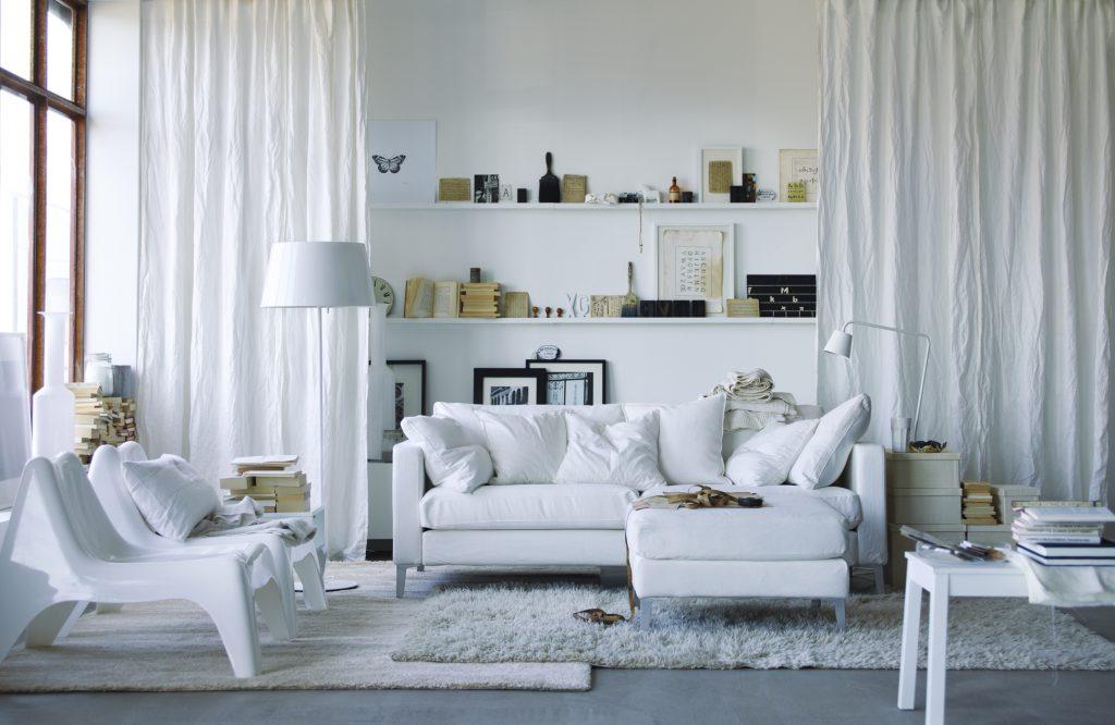За и против: белый цвет в интерьере