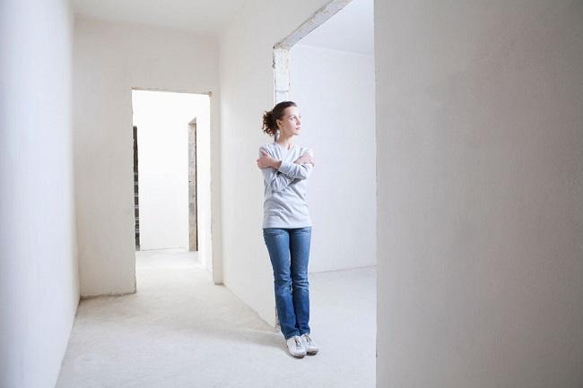 Внутренняя отделка стен и потолка: штукатурка или гипсокартон?