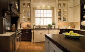 Как расположить кухонную раковину у окна