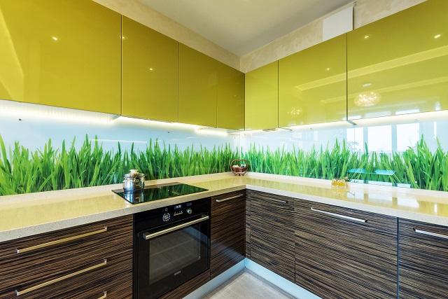 Как визуально расширить крошечную кухню?