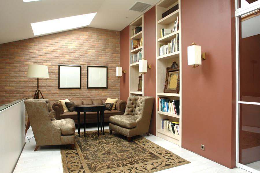 Как сделать обычный книжный шкаф стильным элементом интерьера