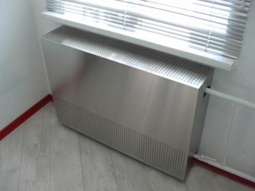 Защитный экран на батареи отопления — практично и эстетично