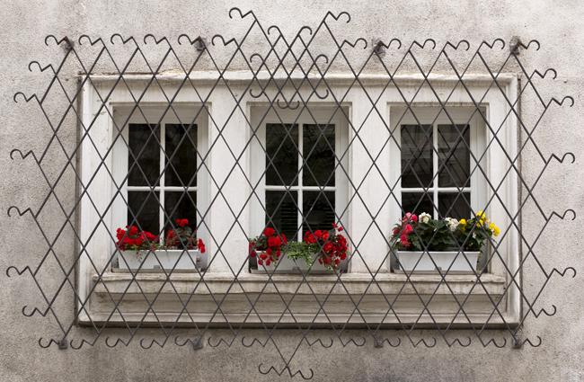 Как сделать решетки на окна своими руками
