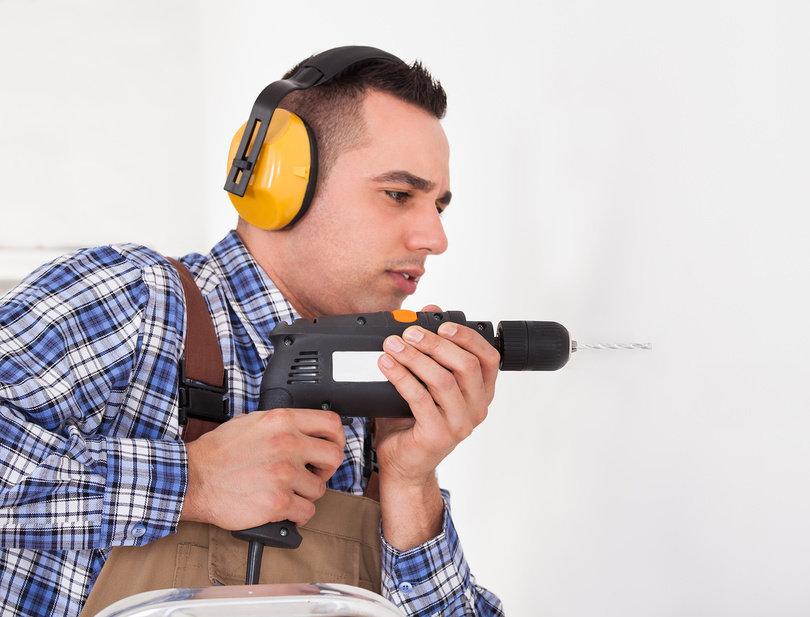 Как бороться с шумными соседями?