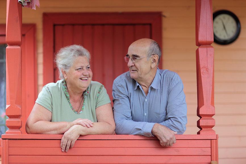 Как выбрать загородный дом для пенсионера?