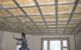 Монтаж потолков из гипсокартона и пластиковых откосов