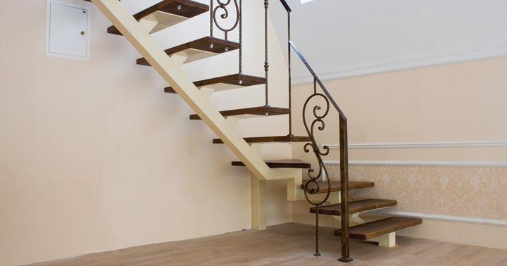 Как сделать декоративную лестницу собственноручно