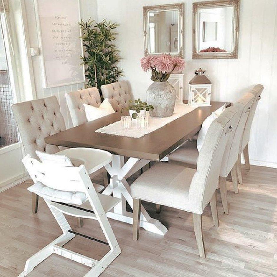Как правильно выбрать стол для маленькой кухни