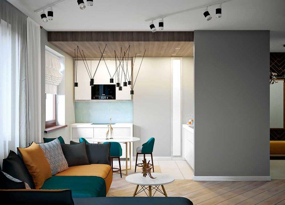 Квартира для трех человек с лаконичной эстетикой, но яркими цветами