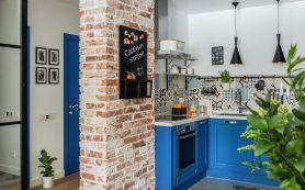 Интерьер недели: трехкомнатная квартира с кухней в коридоре