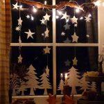 Праздничное украшение окон: 25 новогодних идей