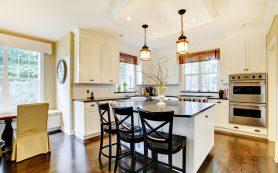 Как маленькую кухню сделать еще меньше: 10 антисоветов по оформлению кухонного пространства