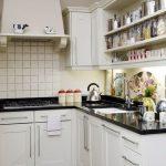 Как увеличить пространство на маленькой кухне: 5 приемов