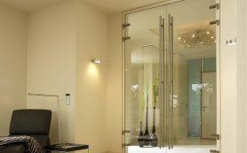 Стеклянные двери — красиво и оригинально