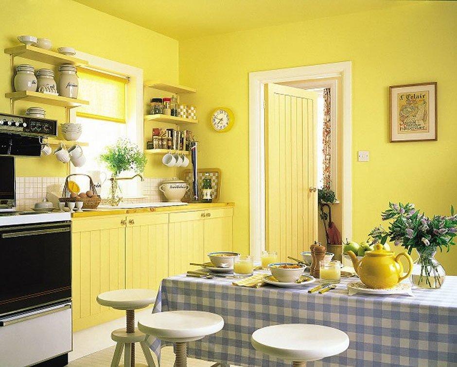 Покраска стен на кухне: преимущества выбора и полезные рекомендации