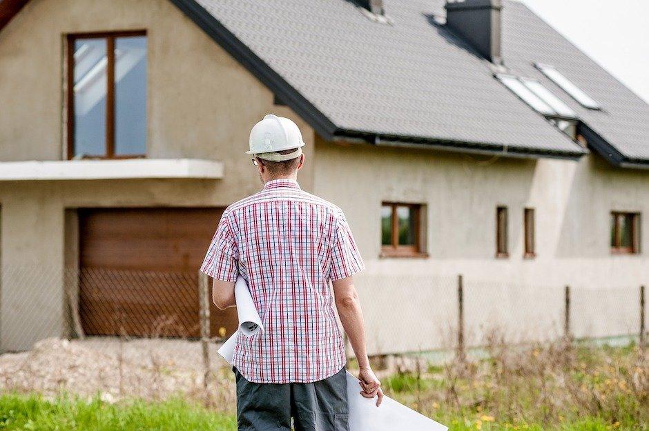 «Это был хороший урок. Спасибо, что деньгами!»: истории людей о неудачном строительстве дома
