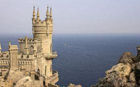 Россияне засобирались в Крым и Сочи. Спрос на курортное жилье растет