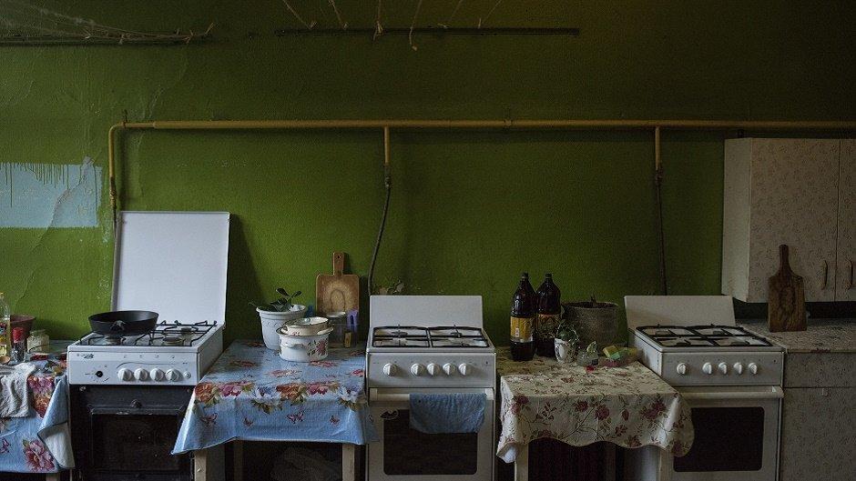 Миллионы за комнату: кто и почему покупает жилье в коммуналках
