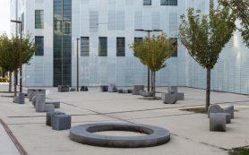 Оливье Вадро спроектировал уличную мебель для университета Экс-ан-Прованса