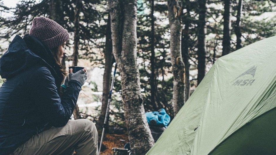 Какие правила безопасности нужно соблюдать, путешествуя с палаткой?