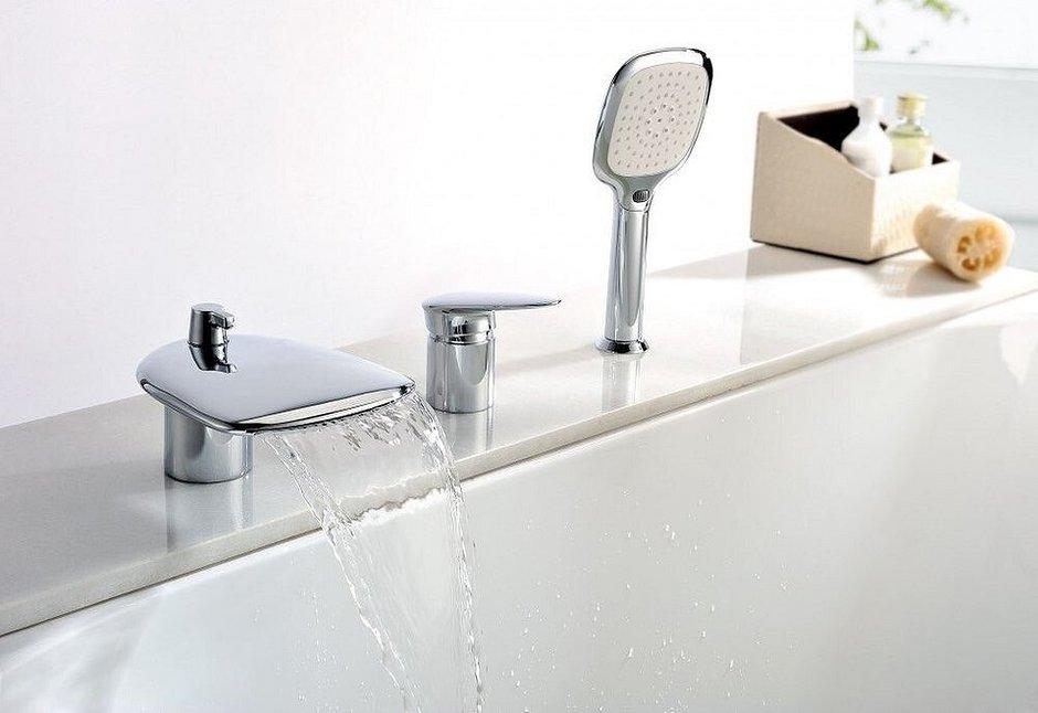 Если течет кран в ванной: как устранить поломку своими руками