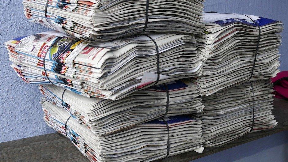 Почему в СССР обои клеили на газеты?
