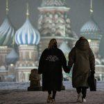Россияне все чаще выбирают аренду жилья. Покупать квартиры стало слишком дорого