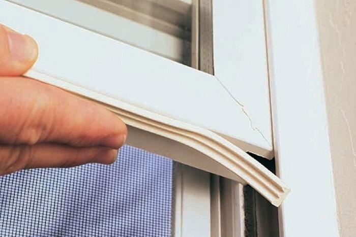 Надо ли утеплять пластиковые окна?