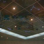 Зеркальные потолки — виды и преимущества