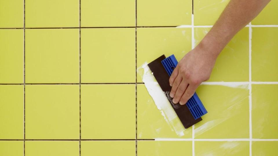 Сделать затирку для плитки своими руками