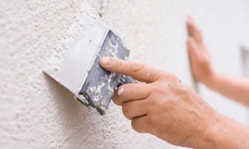 Как правильно подготовить стену к шпаклевке