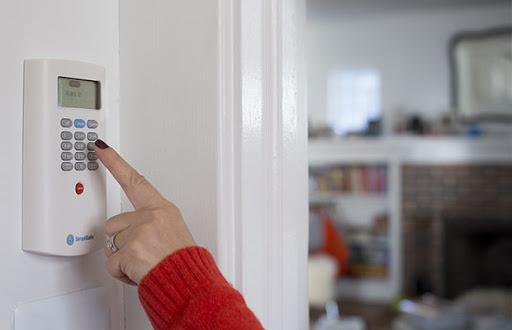 Квартира в стиле Форт-Нокс: как защитить жильё от злоумышленников?