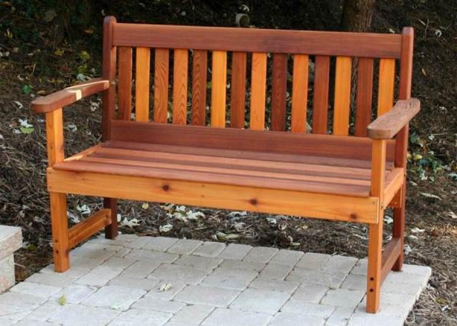 Как смастерить деревянную скамейку