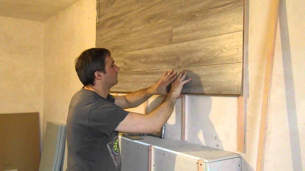 Как самостоятельно приклеить ламинат к стенам?