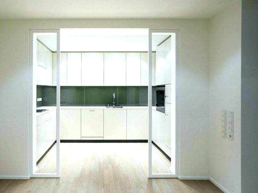 Большие раздвижные двери между кухней и гостиной: советы профессионалов