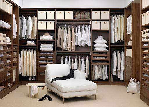 Правильное обустройство гардеробной