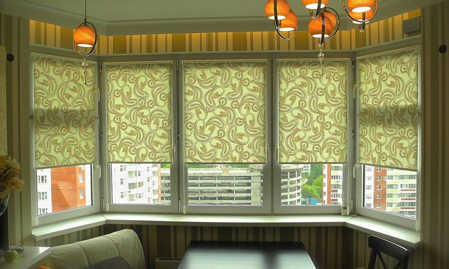 Рулонные шторы: практичность, красота